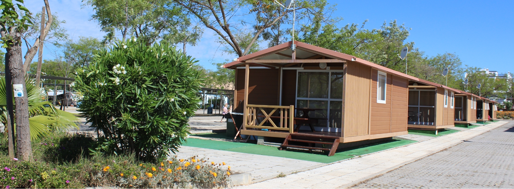 Camping Bungalows - Our offer of accommodation in Bungalows - Camping Ria Formosa in Algarve